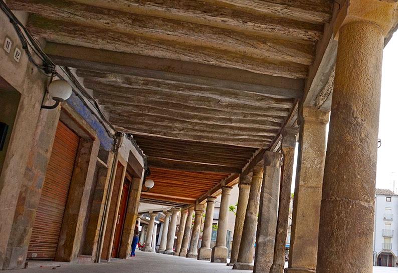 Els porxos de la plaça Major. Santa Coloma de Queralt