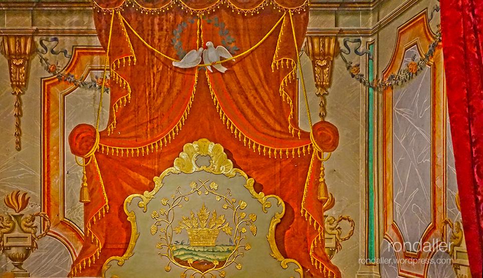 Decoració del dormitori de Can Trincheria. Olot. Garrotxa